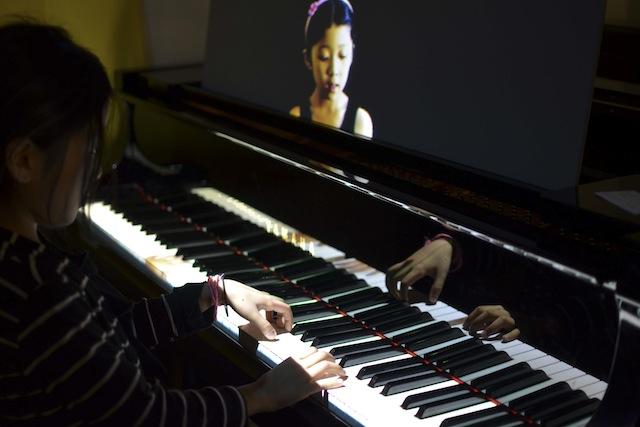 時間と場所を超えてピアノセッションするMirrorFugueが凄い